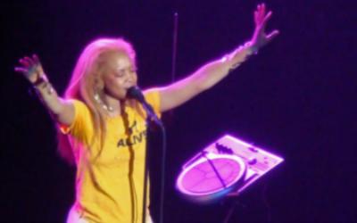 Erykah Badu in concert