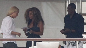 Beyonce, JayZ & Gwenyth Paltrow on the OdessaYacht in Venice Italy - Sep2011
