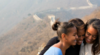 Michelle, Sasha and Malia Obama In China At The Great Wall